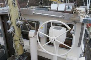 1981 Fisher Motor Sailor