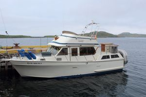 1984 P-T Sundeck 35 Offshore Yachts East