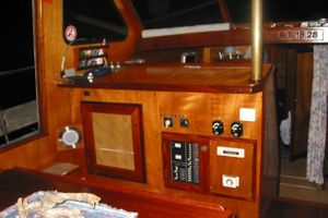 1988 Covey Island Boatworks Offshore Power Cruiser