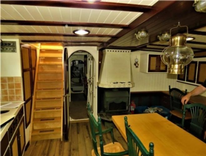 2000 Custom Expedition/Live aboard vessel
