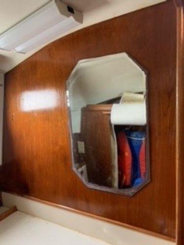 1989 Limestone 24 Express Cruiser